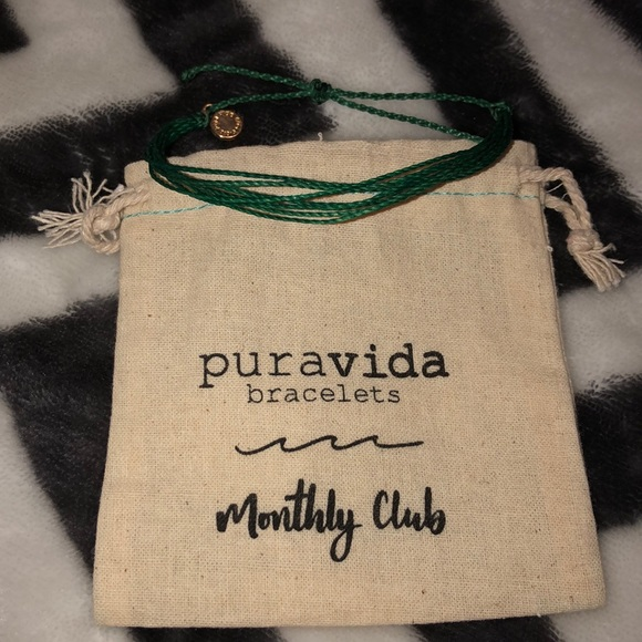 Pura Vida Jewelry - one multi string pura vida bracelet